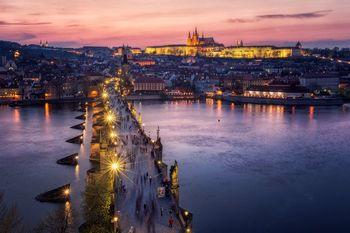 PRAGE | FESTAT E NENTORIT